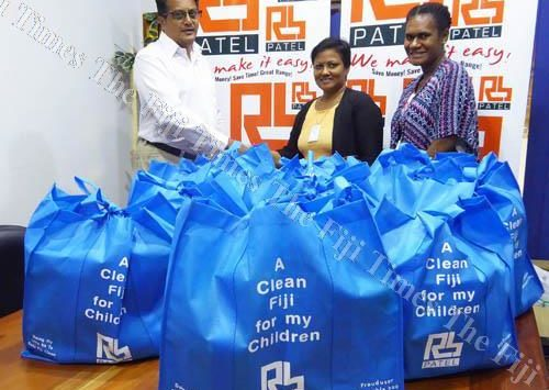 Children receive hamper packs